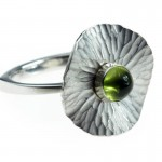 product-gallery-15-Oasis-ring-silver-w_-peridot